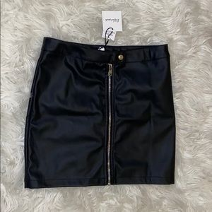 Mini leather skirt with zipper detailing